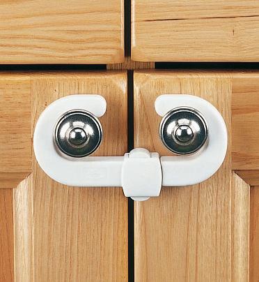 CLIPPASAFE Защитный замок для створчатой двери CL72/1 (фото, вид 1)
