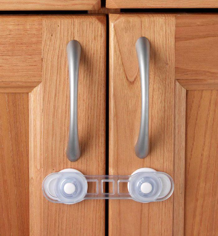 CLIPPASAFE Универсальный mini-замок для дверей на присоске CL85 (фото, вид 1)